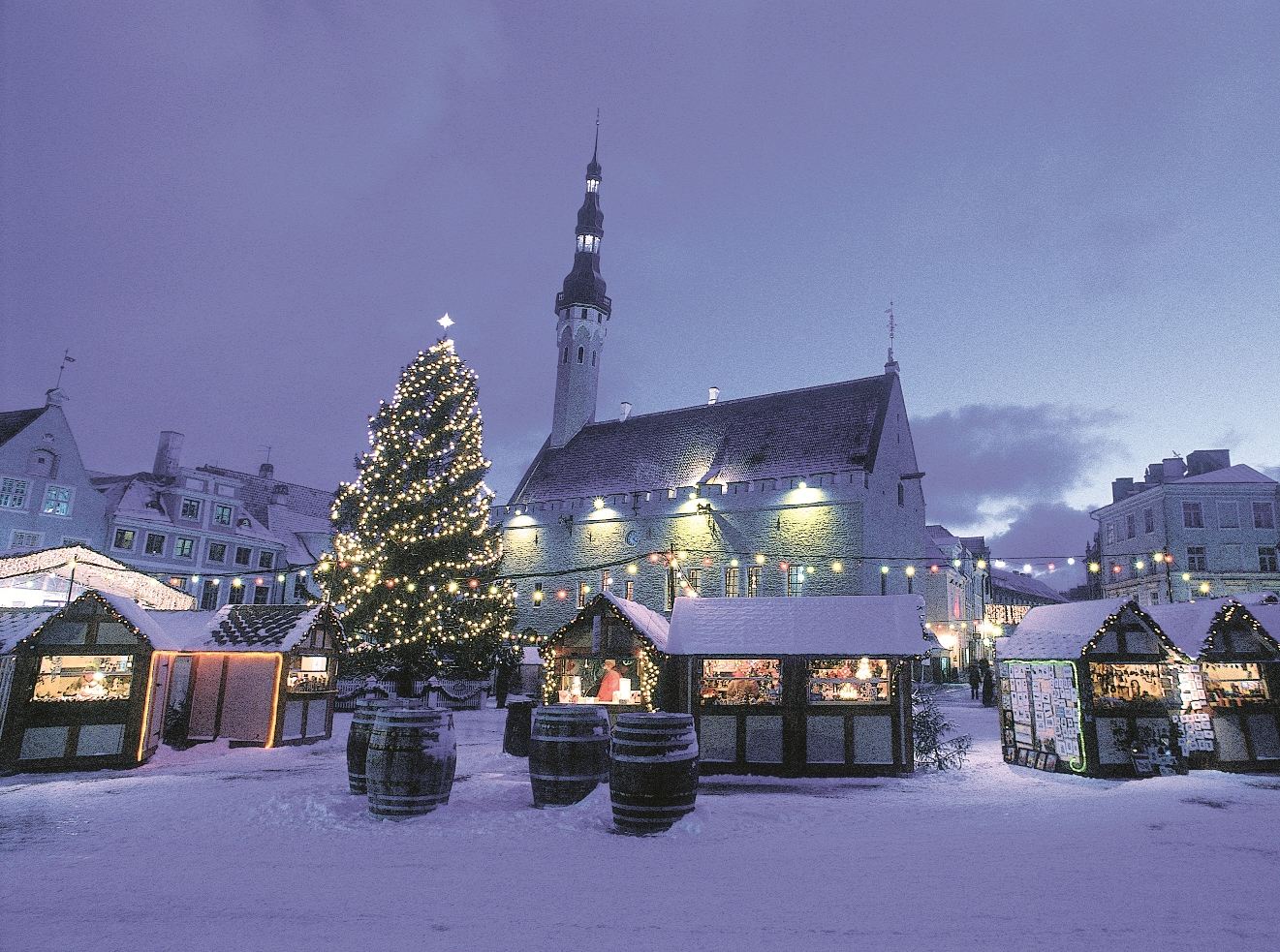 WEEK END MARCHES DE NOEL A TALLINN