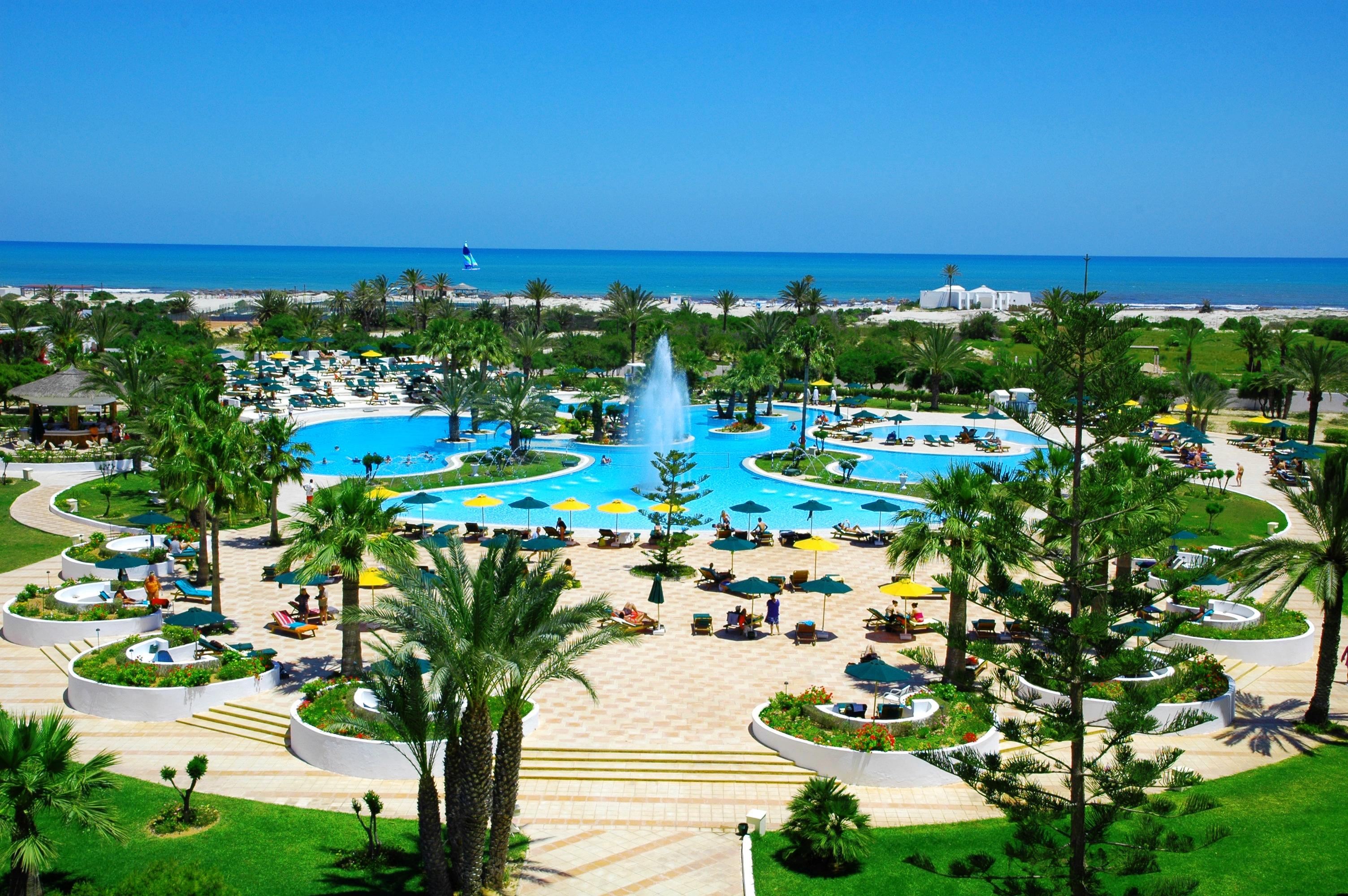 Djerba plaza piscine exterieur8f8f
