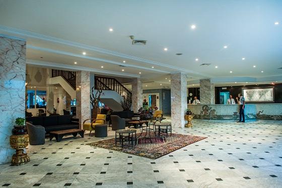 Hotel_club_president_receptioba684c85951e752a4cb1cdddbab304ae